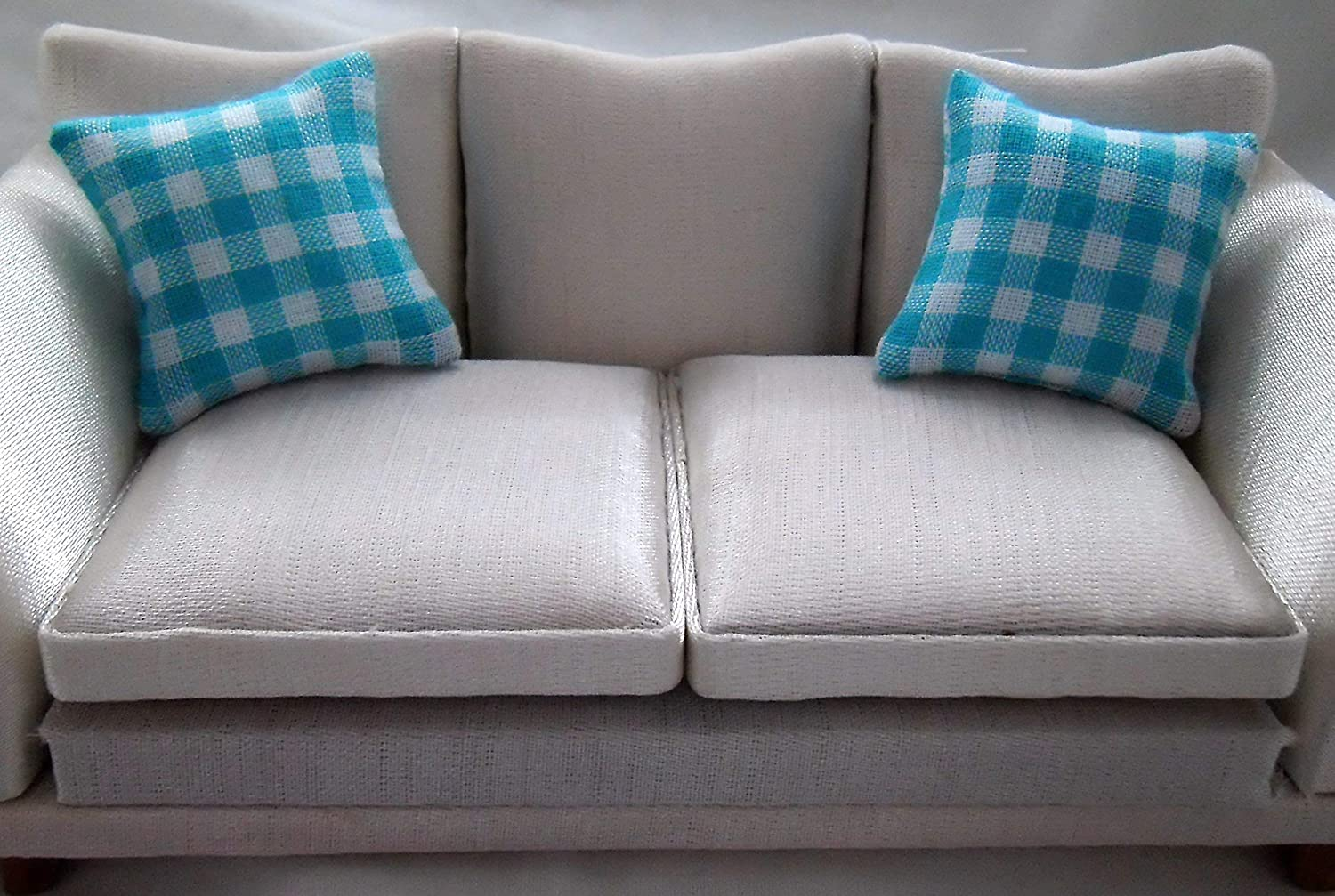 1//12th Scale Dolls House Cushions Turquoise /& White Check Pattern