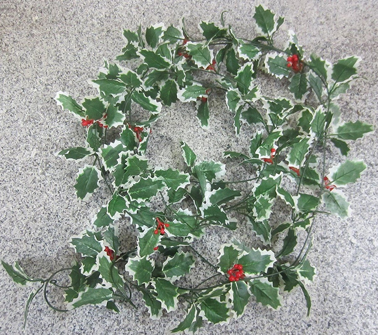 1 Best Artificial 7ft Christmas Holly Ivy Garland String with Berries Xmas