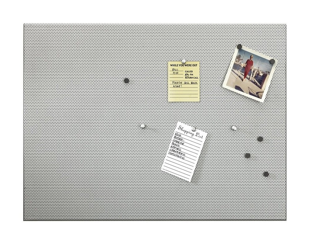 Umbra Bulletboard Magnetic Bulletin Board – Modern Look and Clever Dual Surface Design that Includes 12 Pushpins and 12 Magnets, 21 x 15 Inches