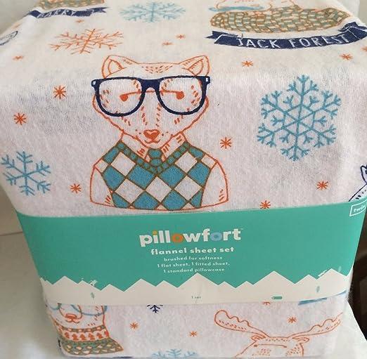 Amazon Com Pillowfort Hipster Animal Twin Flannel Sheet Set Home Kitchen