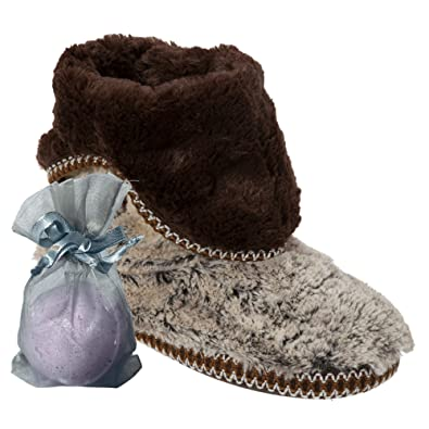 8ffea5f5f8ef Jennjuli Bundle - 2 Items  Women s Faux Fur Foldown Bootie Slipper   Free  Bath Bomb