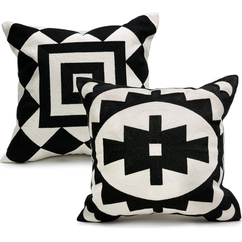 Amazon Com Ekka Moderna Black And White Decorative Pillows Covers