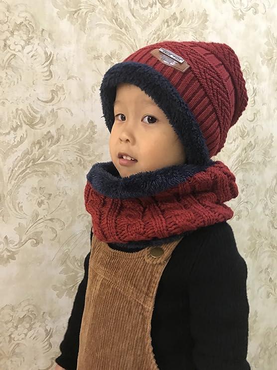 9eea2162cf72 U-Goforst 2 Pièces Enfant Bonnet Tricoté Echarpe Garçon Fille Hiver Chapeau  Chaud 4-12 ans(Rouge)  Amazon.fr  Vêtements et accessoires