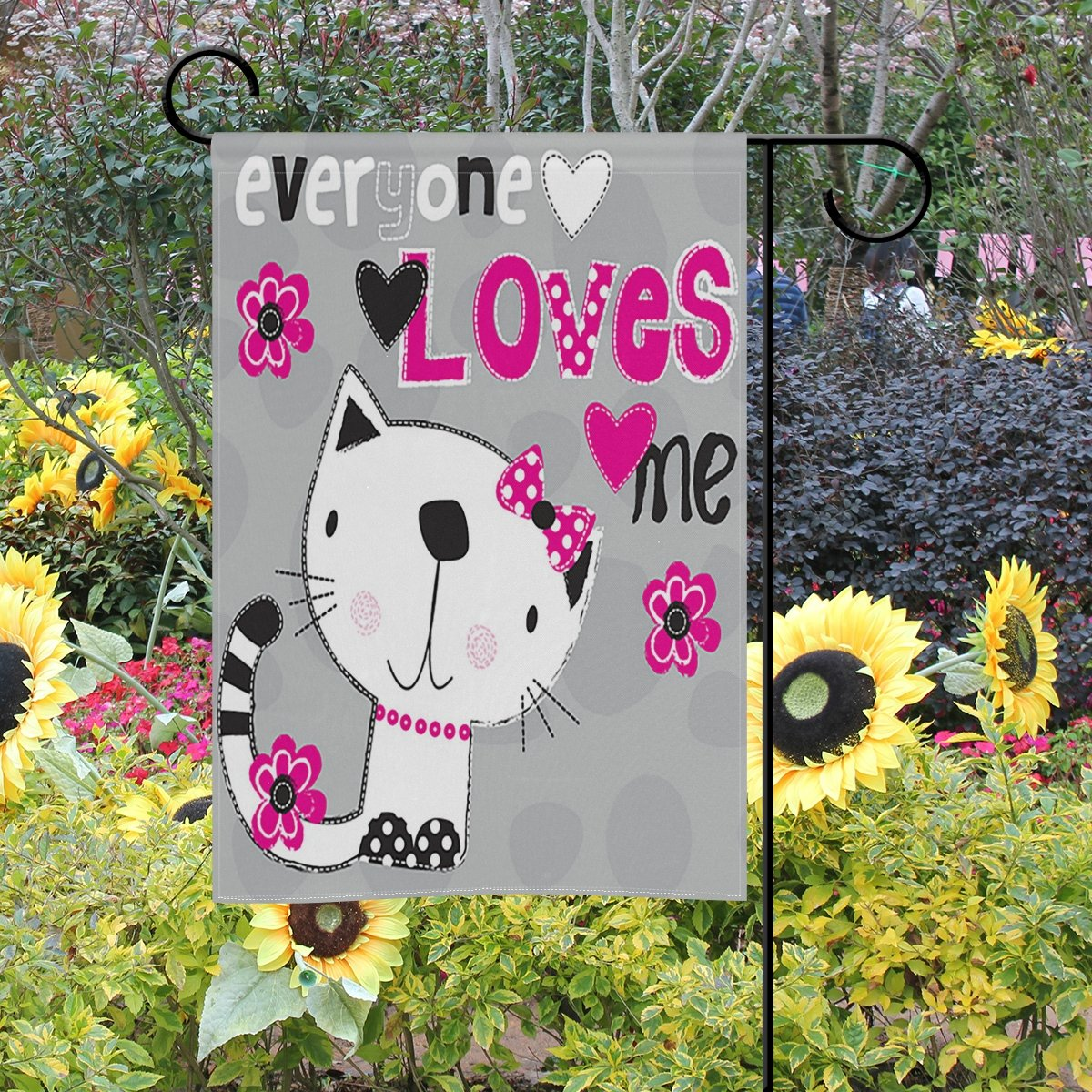 ShineSnow 30,48 x 45,72 cm Tela Bandera Decorativa de Doble Cara para jardín o Exterior Multicolor diseño de Gato con Texto en inglés Everyone Love Me in 12x18
