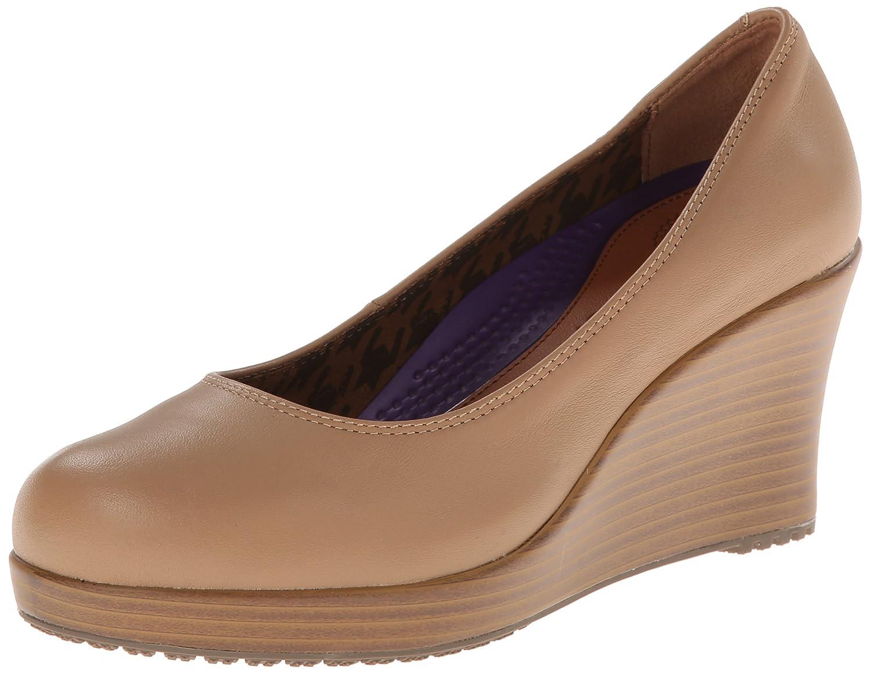 Crocs Women's A-Leigh Closed Toe Wedge B00HN1GCKQ 5 W US|Buff/Walnut