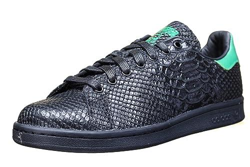 adidas Originals Men s Stan Smith Cblack Cblack Green Leather Sneakers - 9  UK  184ed1062