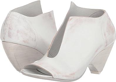 dbca0af33c70 Marsell Women s Split Front Heel White 37 M EU