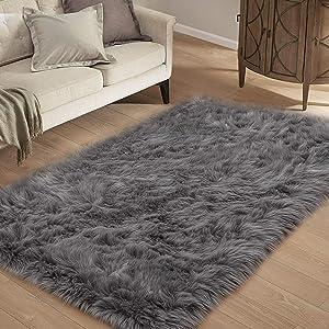 HYSEAS Faux Sheepskin Fur Area Rug Grey, 3x5 Feet Rectangle, Fluffy Soft Fuzzy Plush Shaggy Carpet Throw Rug for Indoor Floor, Sofa, Chair, Bedroom, Living Room, Home Decoration