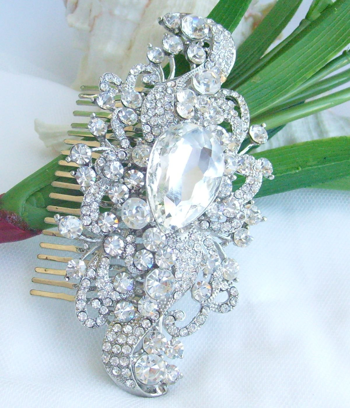 Sindary Wedding Headpiece 4.53 Inch Silver-tone Clear Rhinestone Crystal Flower Hair Comb by Sindary Jewelry (Image #4)