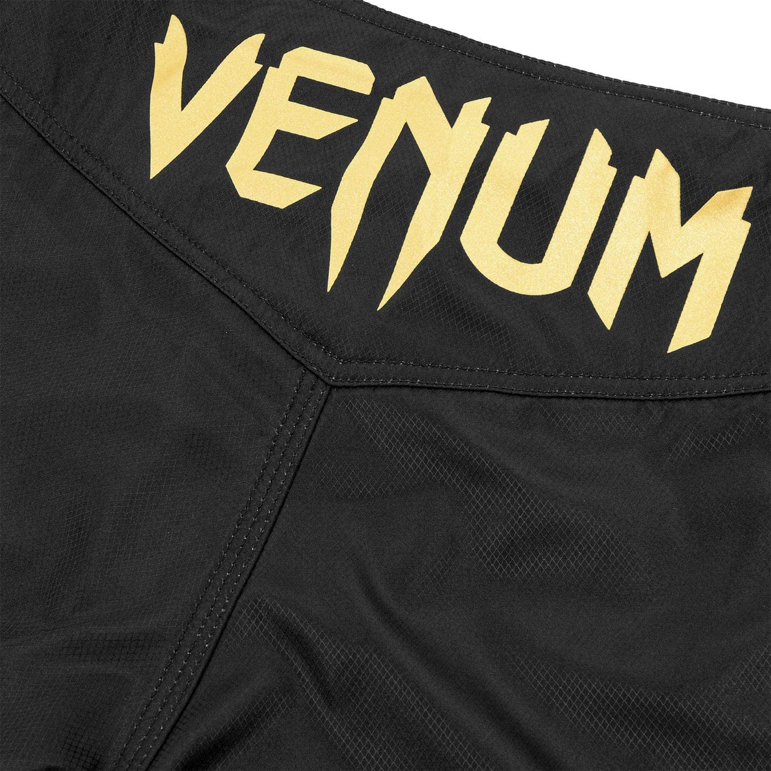 Gold//Black XL Venum Light 3.0 Fightshorts