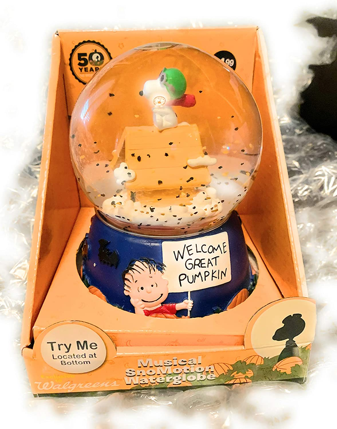 Peanuts Halloween Its The Great Pumpkin Charlie Brown Snoopy Flying Ace Musical Waterglobe