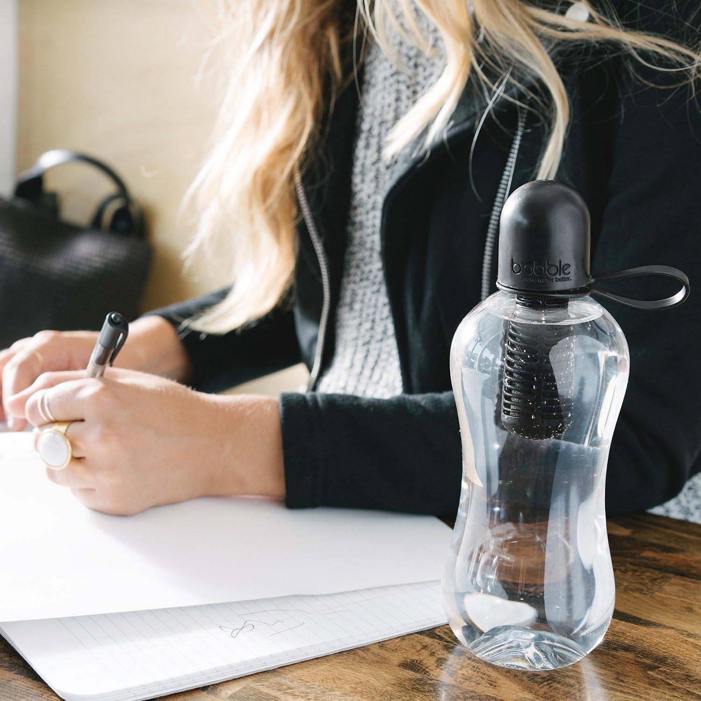 550/ml cyan Bobble Wasserflasche mit farbigem Kunststoffdeckel