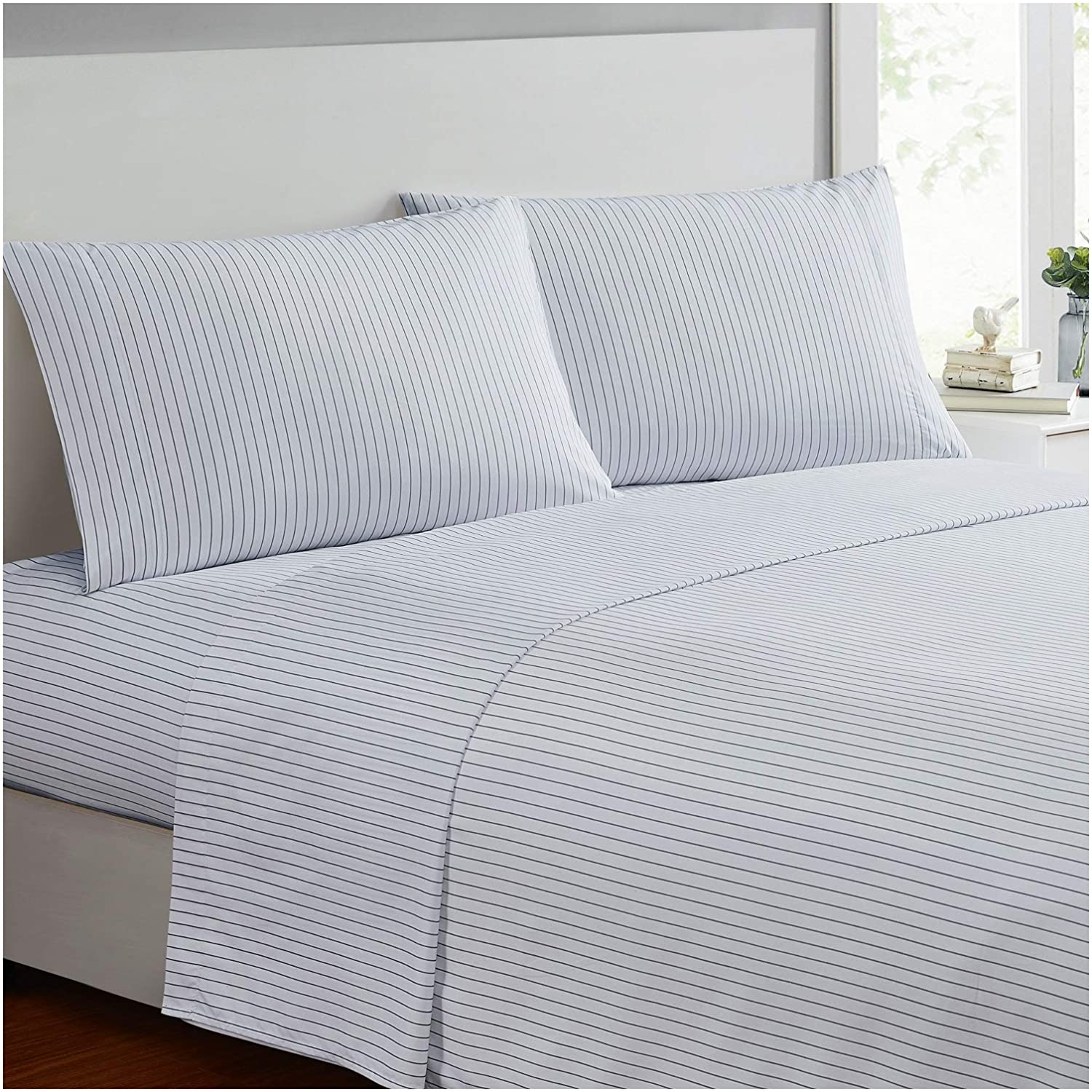 Mellanni Bed Sheet Set - Brushed Microfiber 1800 Bedding - Wrinkle, Fade, Stain Resistant - 3 Piece (Twin XL, Pin Stripe Gray)
