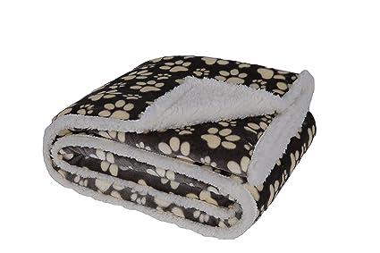 0e2830d62f Amazon.com  Longrich Flannel Paw Print   Ultra Soft Sherpa Throw ...