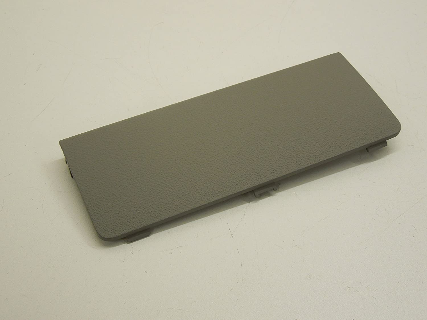 Audi A2 8Z Platinum LIght Grey Fuse Box Cover Lid Access Panel New:  Amazon.co.uk: Car & Motorbike