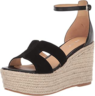 5b969b4a7 Amazon.com | Nine West Women's Violet | Platforms & Wedges