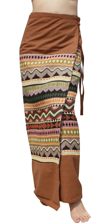 RaanPahMuang Thick Woven Cotton Thai Traditional Wrap Skirt with Waist Ties Medium Diamond - Black Yellow item907340AMZ