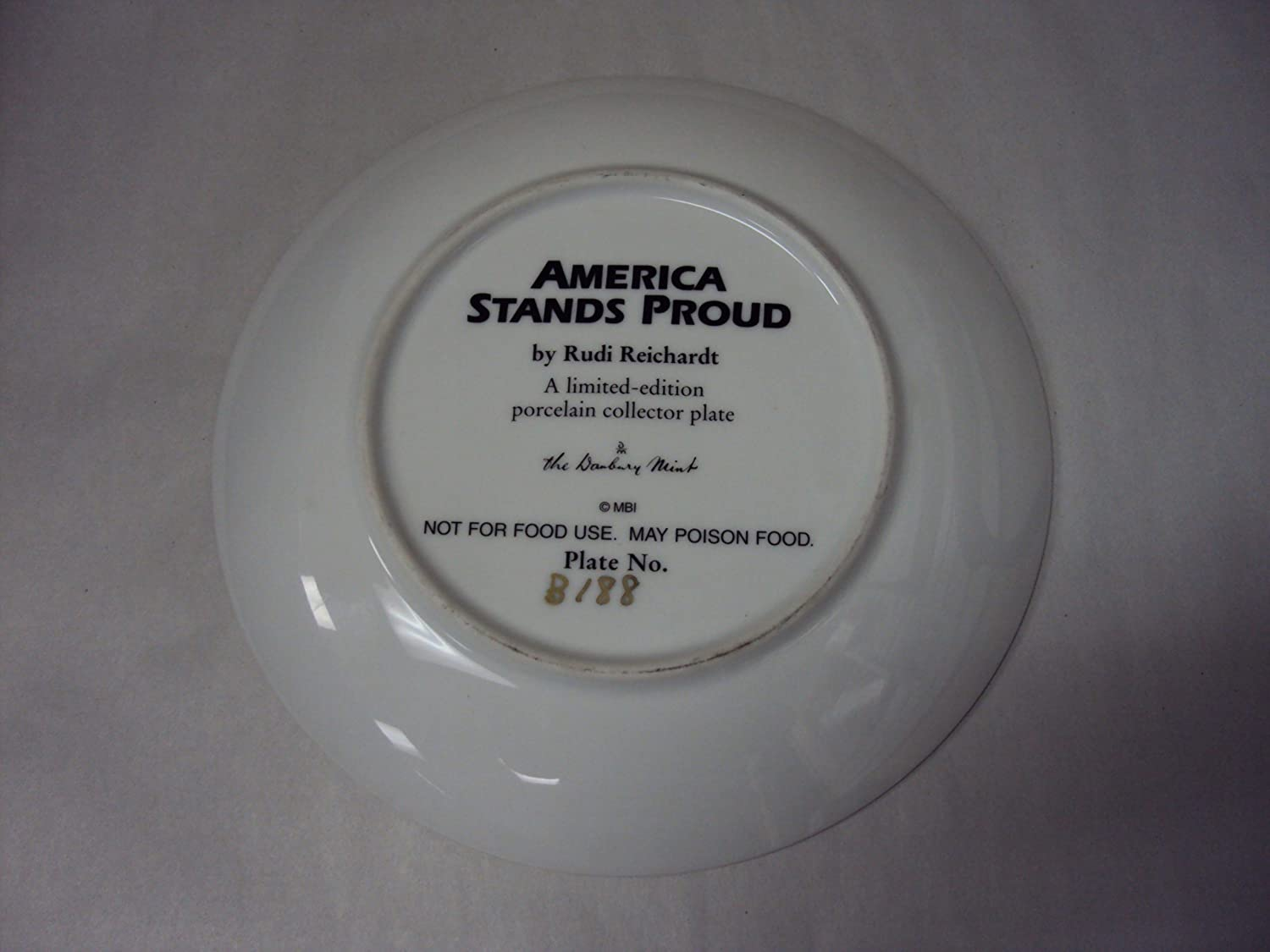 Amazon.com  The Danbury Mint America Stands Proud Collectors Plate  Dinner Plates  Everything Else : collector plate stands - pezcame.com