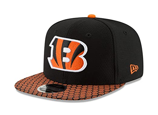 4b05ab36917 Image Unavailable. Image not available for. Color  New Era 9Fifty Hat  Cincinnati Bengals Sideline 17 On Field Adjustable Snapback Cap