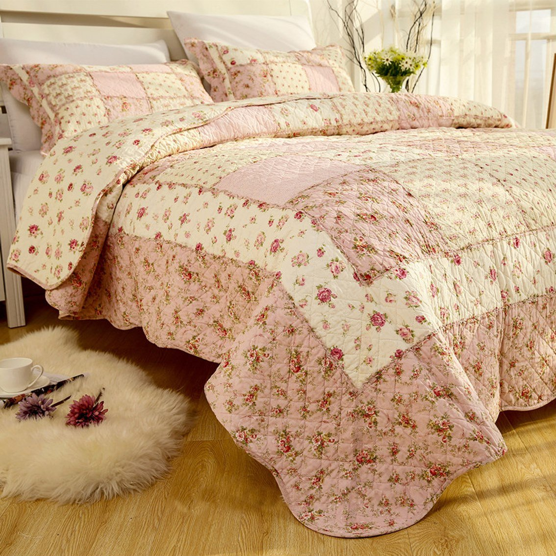 MAXYOYO Real Patchwork Girls Printed Cotton Quilt Set 3Pcs,Beautiful Little Floral Printing Plaid Design Cotton Quilt Throw,Cotton Bedspreads Full/Queen Size