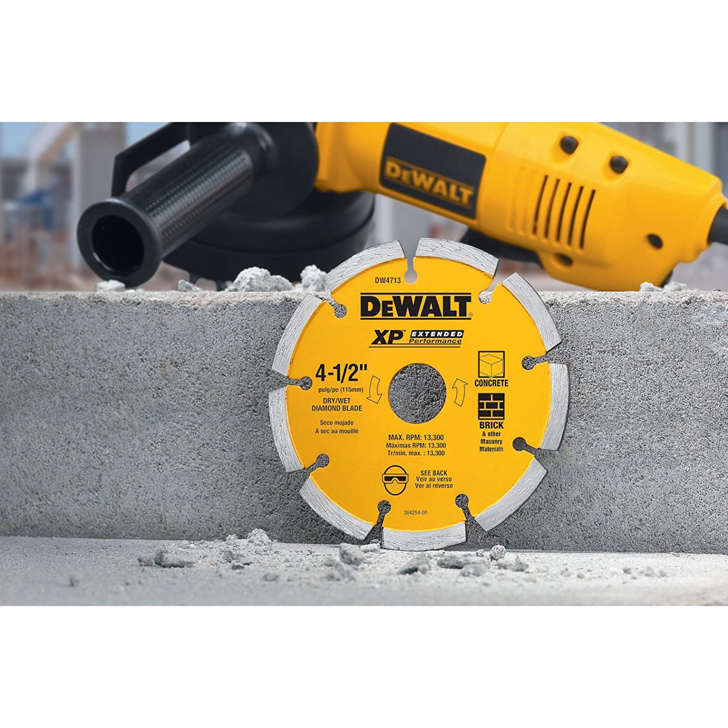 Dewalt dw4713 industrial 4 12 inch dry cutting segmented diamond dewalt dw4713 industrial 4 12 inch dry cutting segmented diamond saw blade with 58 inch or 78 inch arbor amazon dailygadgetfo Image collections