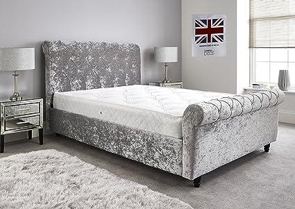 Cama de terciopelo plateado Chesterfield de Bed Centre, estilo trineo, cama con somier, Plateado, 5FT King Frame With Mattress