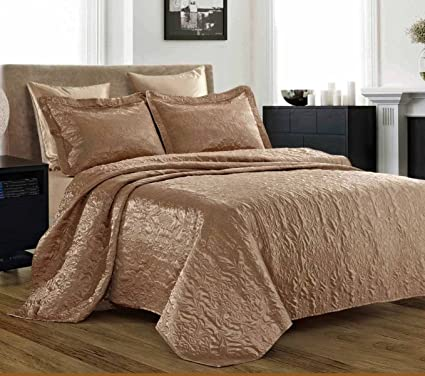 2a0a13b79 Amazon.com  3 Piece Silky Satin Quilted Bedspread Coverlet Set King ...