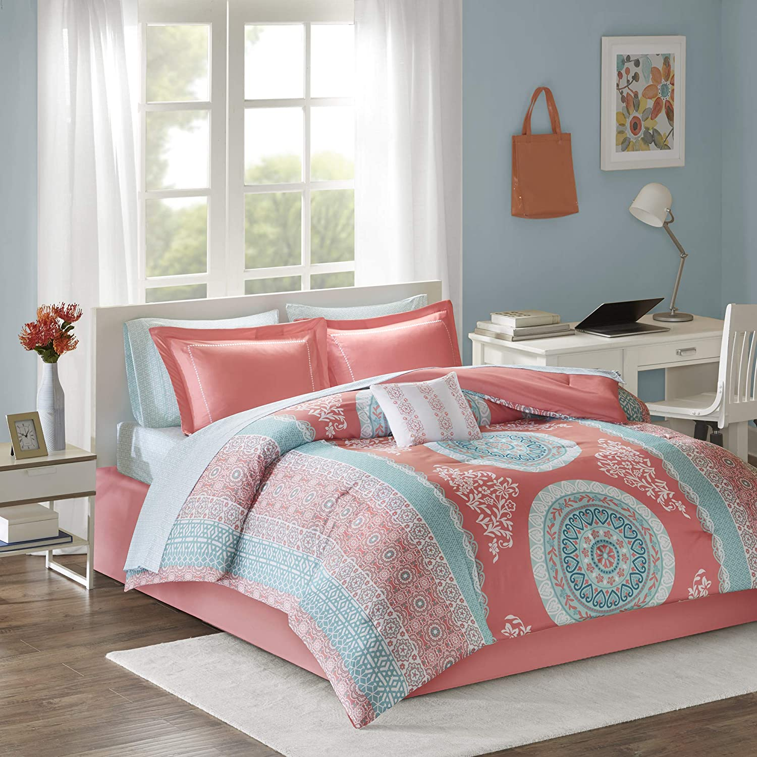 Intelligent Design Loretta Comforter Set Queen Size Bed in A Bag - Coral, Aqua, Bohemian Chic Medallion – 9 Piece Bed Sets – Ultra Soft Microfiber Teen Bedding for Girls Bedroom