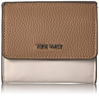 Nine West Women s Flap Coin Purse  Amazon.co.uk  Shoes   Bags 918a7a8f60235