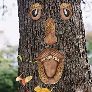 Tree Faces Decor Outdoor, Funny Old Man Tree Hugger Art Decorations Whimsical Sculpture Garden Decor for Outside Garden Patio Yard Art Decorations Easter Halloween Creative Props