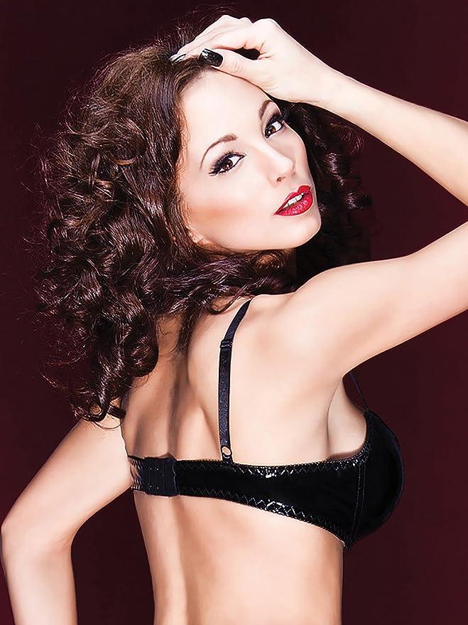 40328e422fd Amazon.com  Coquette Adult Women D9241 Bra Lingerie Black  Clothing