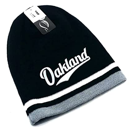 db8b3543cf4 Amazon.com   Leader of the Game Oakland Top Pro New Beanie Toque ...