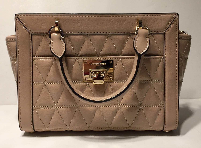 e00fecfcfb MICHAEL Michael Kors Vivianne SM TZ Messenger Quilted Handbag (Oyster  Patent)  Handbags  Amazon.com