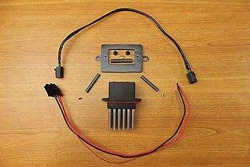 Amazon.com: Jeep Grand Cherokee WJ Blower Motor Resistor & Wiring Kit Mopar  OEM: AutomotiveAmazon.com