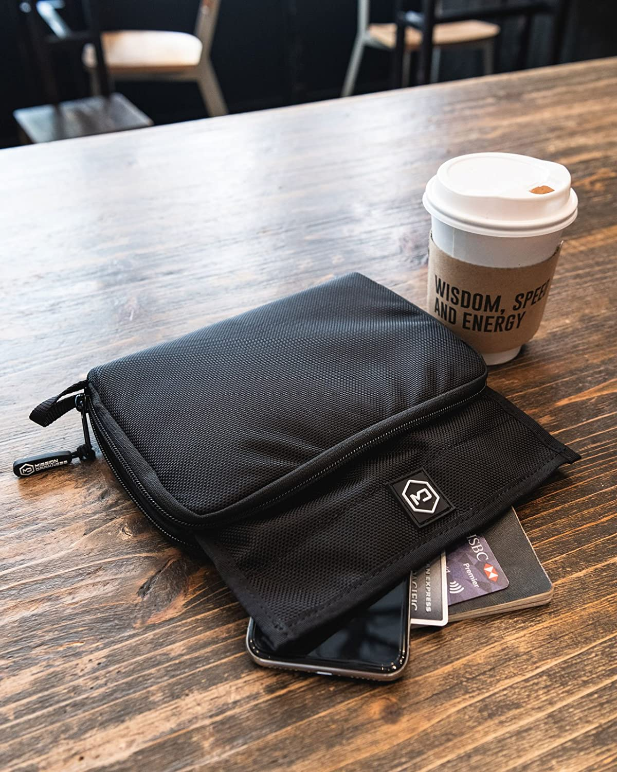 Anti-Spying Faraday cage Anti-Hacking Anti-Tracking Mission Darkness Mojave Faraday Phone Bag//Multi-Functional Travel case with Accessory Pockets and Built-in Faraday Sleeve//Signal-Blocking