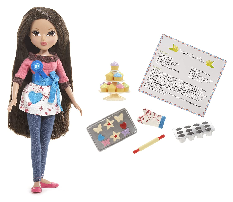 amazon com moxie girlz baker doll sophina toys u0026 games