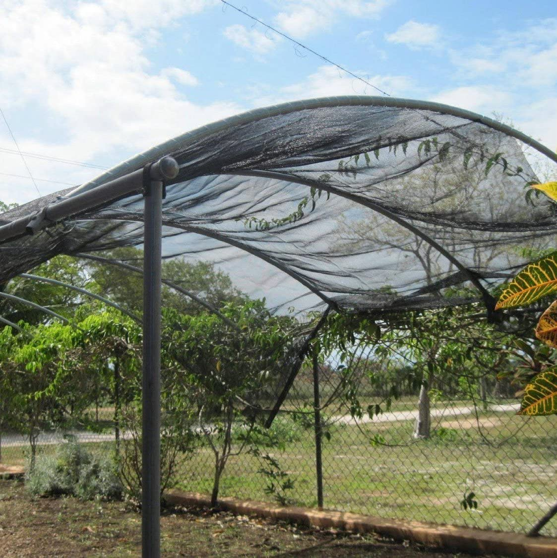 Black Agfabric SDR400812B 40/% Sunblock Shade Cloth Cover with Clips for Plants 8/' X 12/'