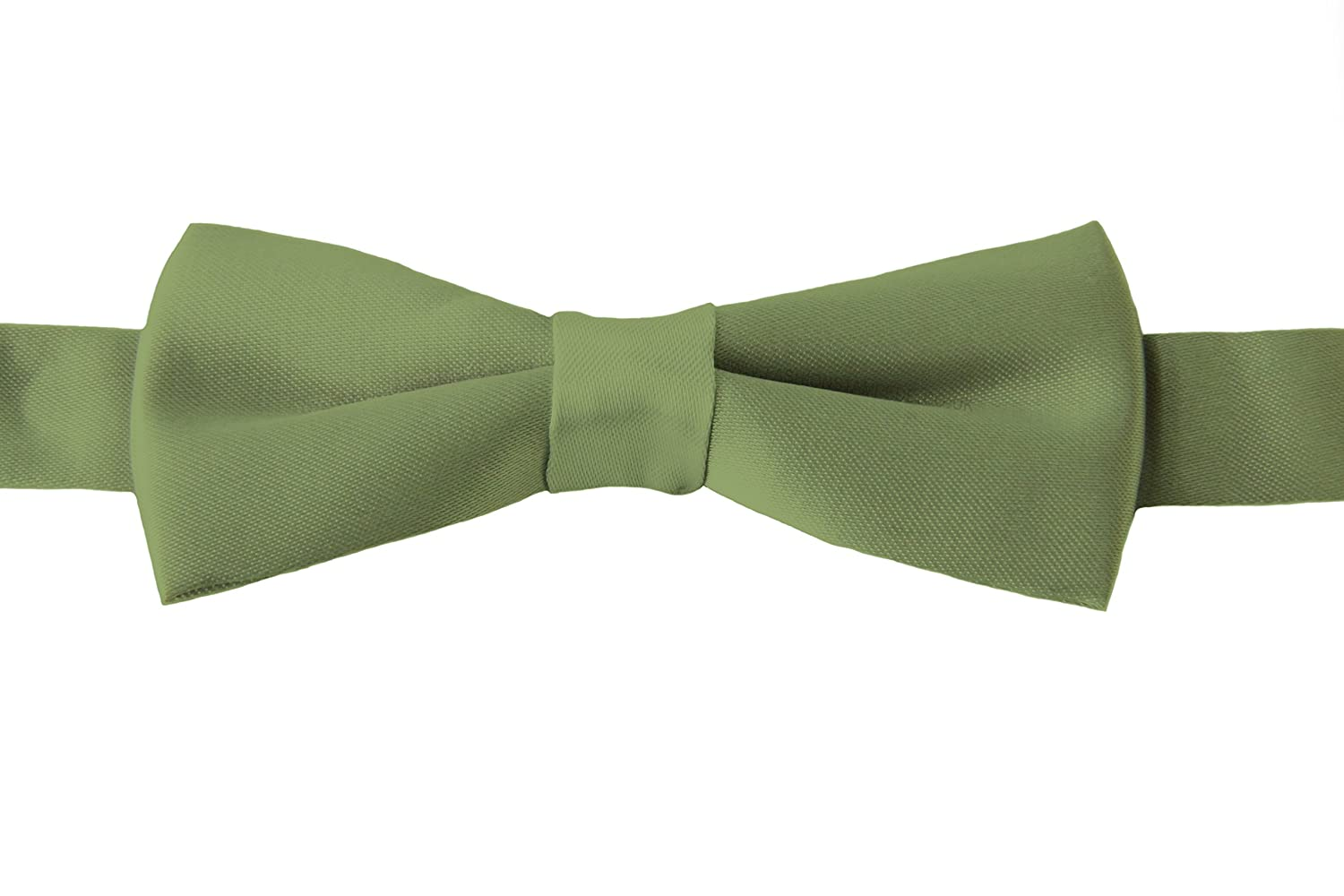 Boys Bow Tie. Dickie Bow Tie, Smart Fromal Bow Tie. Fine Satin Shine, Various Colours.