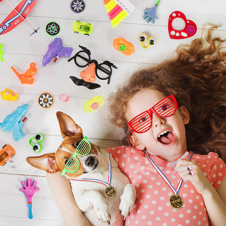 Klassenzimmer Belohnungen Joyjoz Kindergeburtstag Gastgeschenke 220PCS Mitgebsel Kindergeburtstag Spiele Sortiment Preise Geschenke f/ür Kinder Jungen M/ädchen