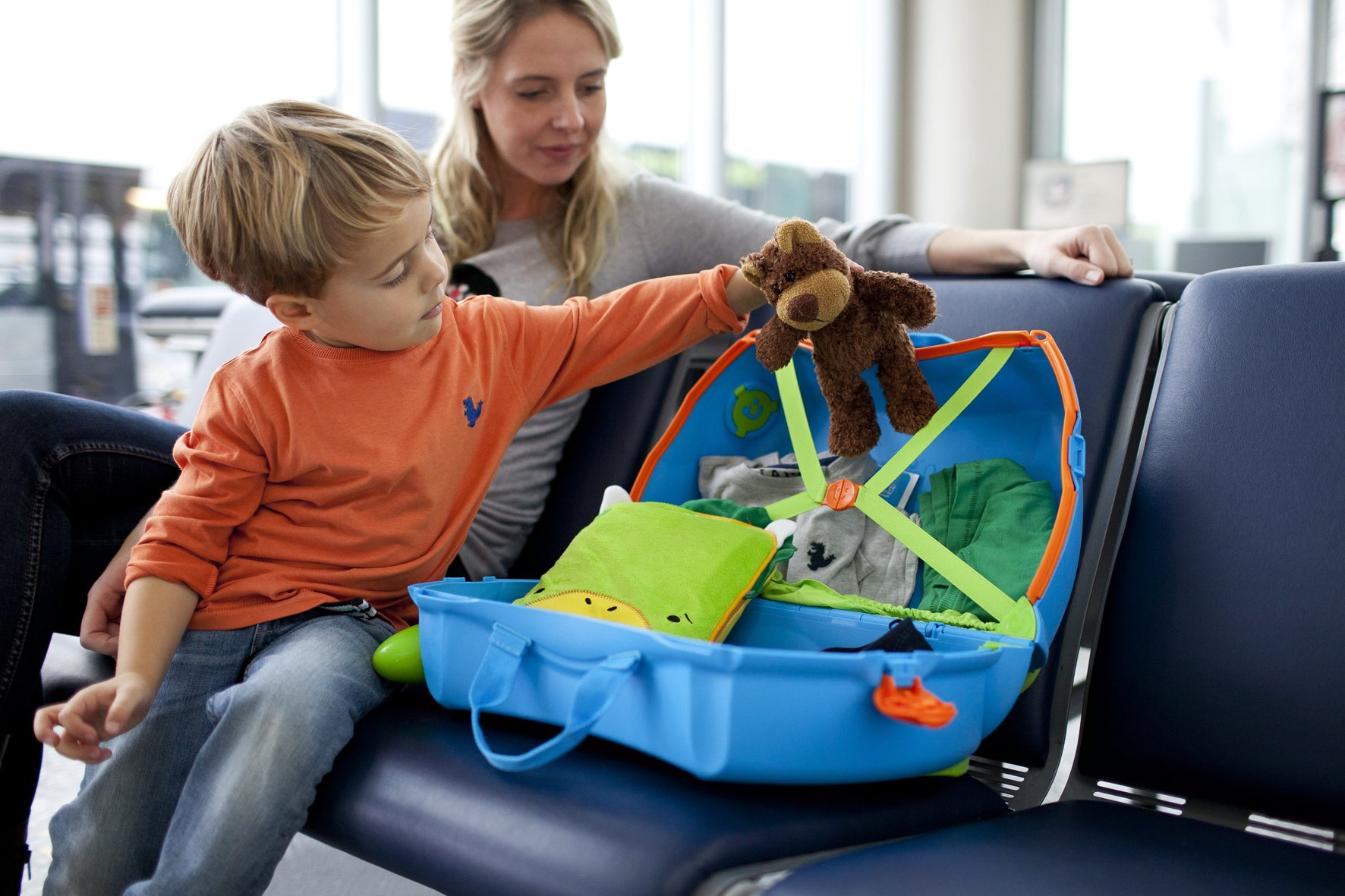 Trunki Original Kids Ride-On Suitcase and Carry-On Luggage - Terrance (Blue) by Trunki (Image #13)