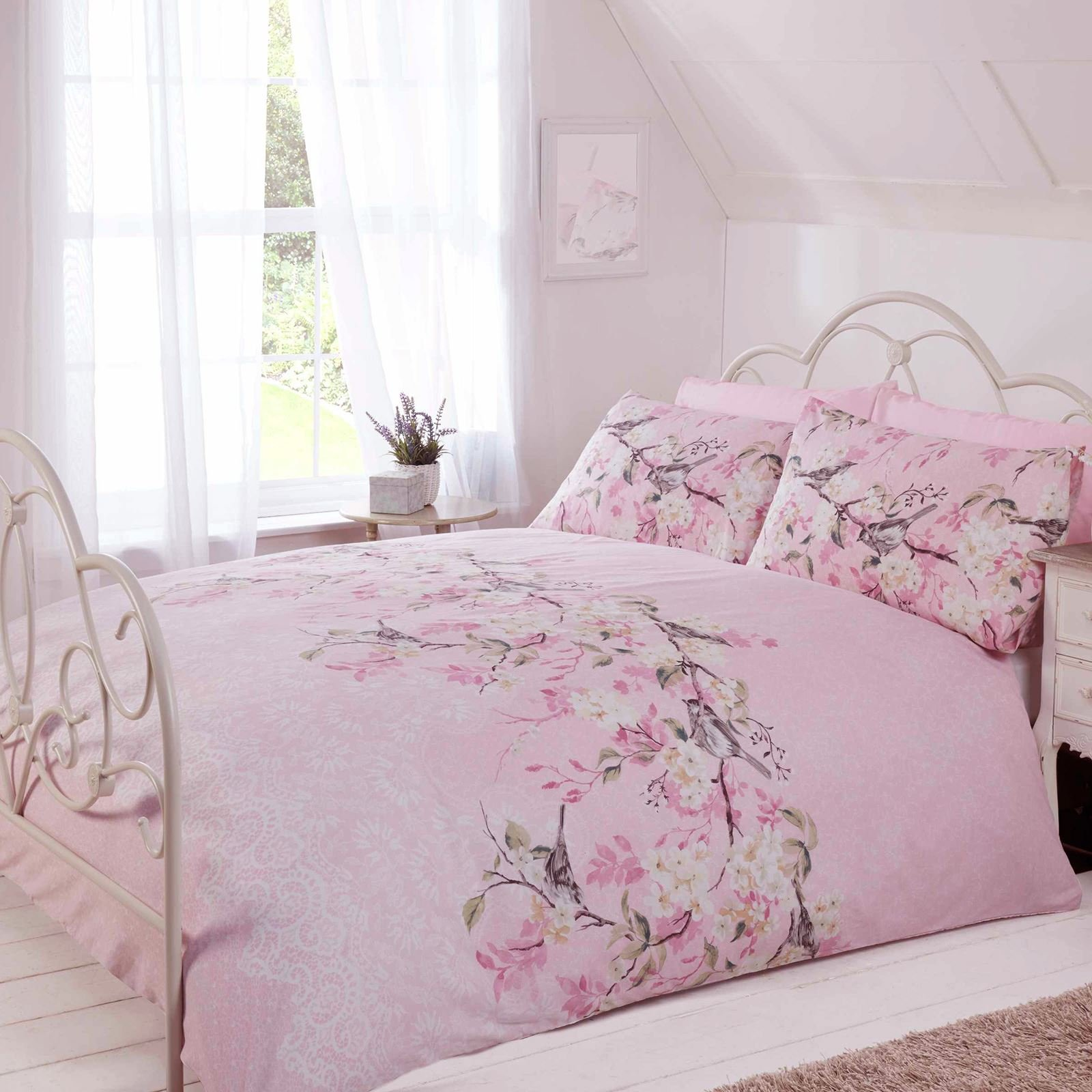 Eloise Oriental Blossom Duvet Cover and Pillowcase Set (Pink, Double) by Made with LoVe