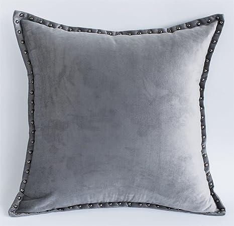 Amazon.com: Cassiel Home - Funda de almohada con remaches ...