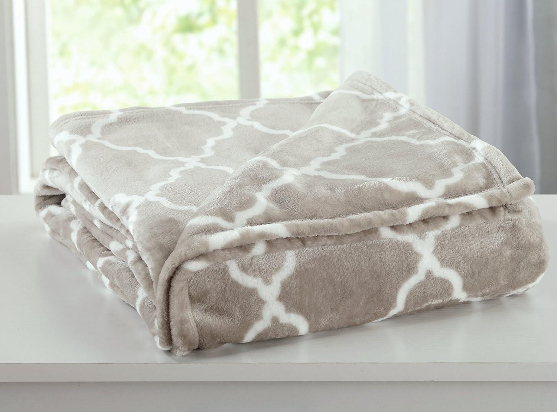 Home Fashion Designs Velvet Plush Soft Bed Blanket with Lattice Scroll Design (Twin, Beige)