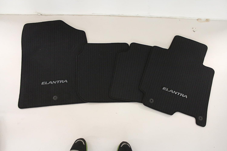 Set of 4 HYUNDAI Genuine Accessories 3XF14-AC200-RY Black Carpeted Floor Mat,