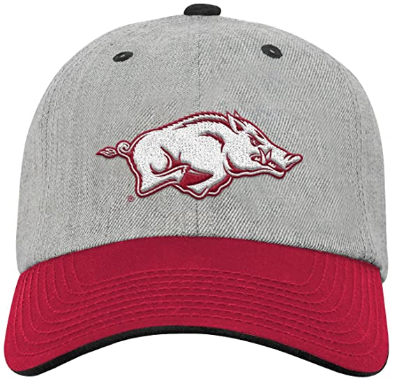 huge discount 8fc1a feaeb NCAA by Outerstuff NCAA Arkansas Razorbacks Youth Boys Chainstitch Heather  Twill Slouch Hat, Heather Grey