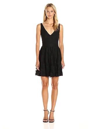 6b7bb534ae9 BB Dakota Women s Lanson Lace Fit N Flare Dress at Amazon Women s ...