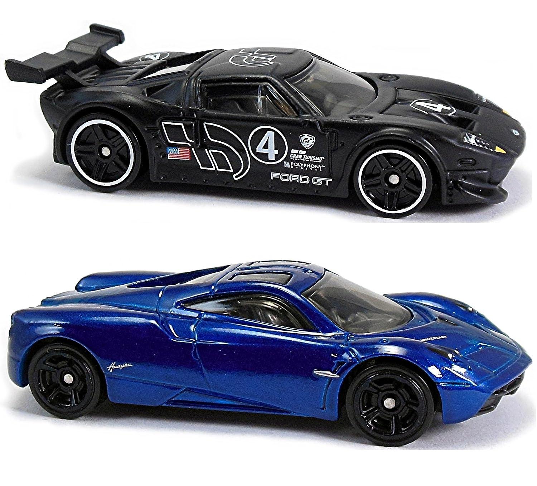 Amazon Com Hot Wheels  Gran Turismo Ford Gt Lm Pagani Huayra  Car Bundle Set Toys Games