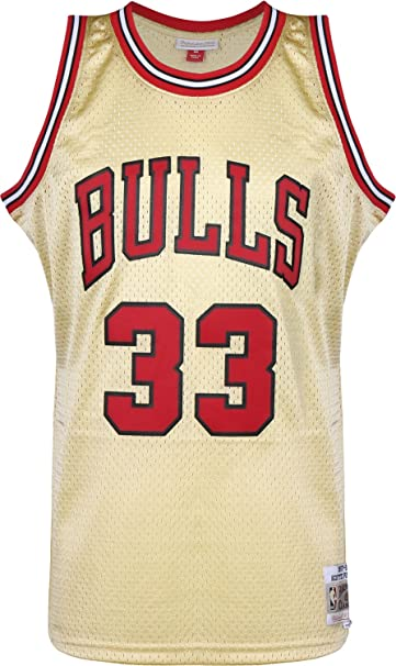 Mitchell   Ness NBA Chicago Bulls Scottie Pippen 33 1997-98 Retro Jersey  Swingman Oficial Away Hardwood Classics Gold Exclusive Collection 7bb7e89d3c9