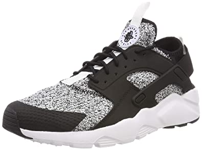 detailed look 7ed10 a5540 Nike Air Huarache Run Ultra Se, Sneakers Basses Homme, Noir (Black White 001
