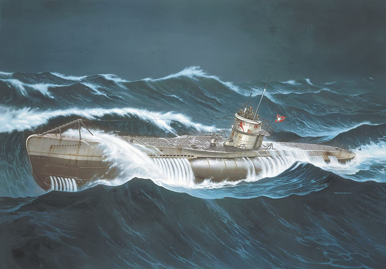 Revell 05015 U-Boat Tipo VIIC - Maqueta de Submarino (Escala 1:72)